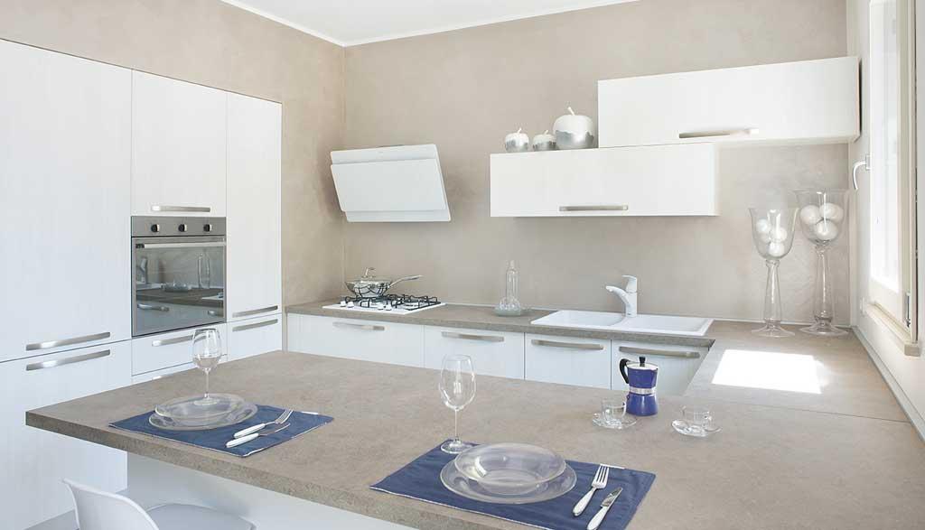 Arredamento d'interni per cucina a Brescia