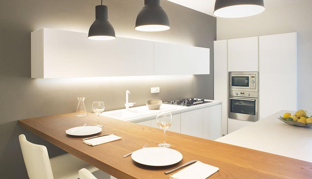 Intuizioni d'Arredo: interior design, cucina vista notturna